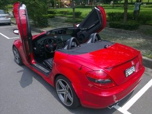 MERCEDEZ SLK R171 2003-UP, LAMBO DOOR KIT, PAIR.